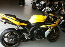 спортбайк YAMAHA R1 LIMITED EDITION