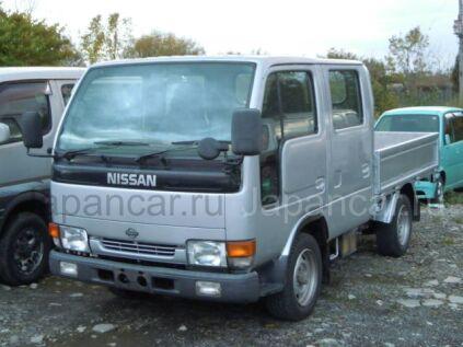 Бортовой NISSAN Atlas 1997 года во Владивостоке