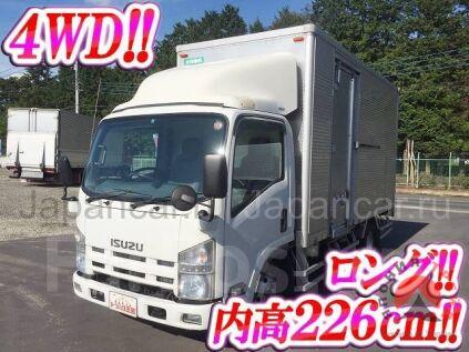 Фургон ISUZU Elf 2012 года в Японии