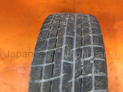 Зимние шины Yokohama Ice guard ig30 205/55 16 дюймов б/у во Владивостоке