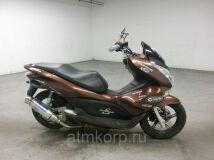 скутер HONDA PCX 125 купить по цене 216700 р. в Москве
