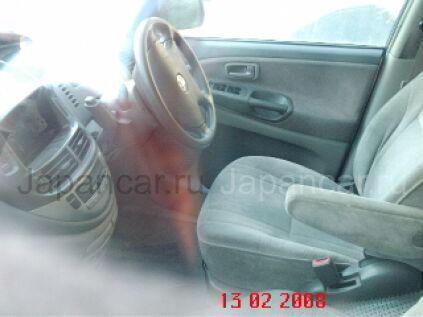 Toyota Estima 2000 года во Владивостоке
