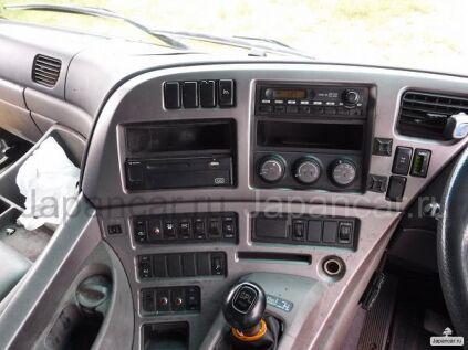 Фургон Nissan DIESEL 2005 года во Владивостоке