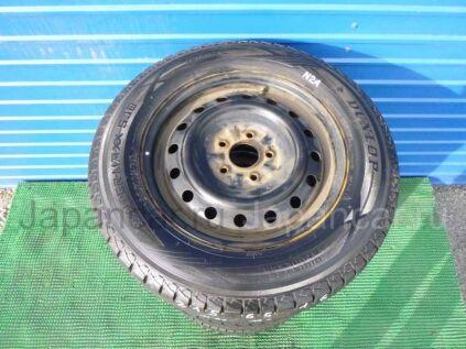 Зимние шины Dunlop Winter maxx sj8 215/65 16 дюймов б/у во Владивостоке