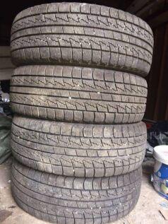 Зимние шины Nexen 205/65 15 дюймов б/у во Владивостоке
