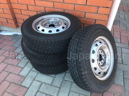 Зимние колеса Dunlop 165/80 14 дюймов б/у в Уссурийске