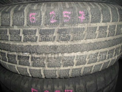 Зимние шины Toyo 215/60 16 дюймов б/у в Улан-Удэ