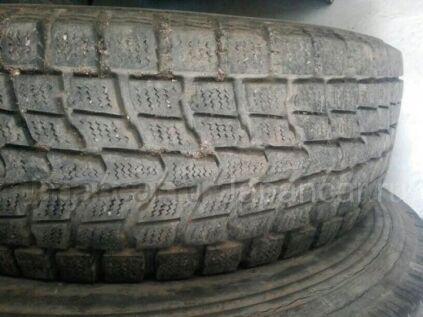 Зимние шины 205/70 15 дюймов б/у во Владивостоке