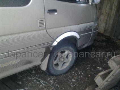 Расширители колесных арок на Toyota Hiace в Хабаровске