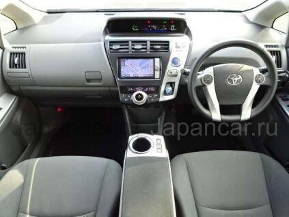 Toyota Prius Alpha 2013 года во Владивостоке