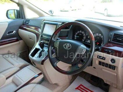Toyota Alphard 2011 года во Владивостоке