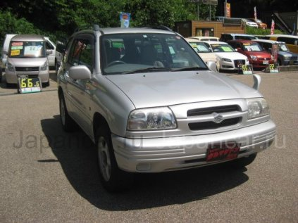 Suzuki Escudo 1998 года во Владивостоке
