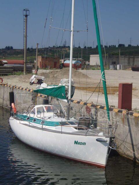 яхта парусная 2003 года