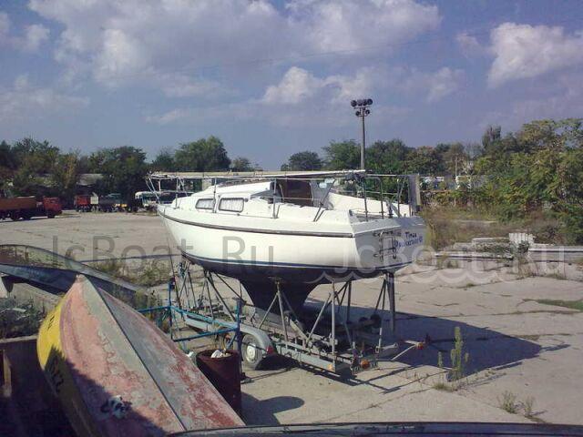 яхта парусная 1984 года