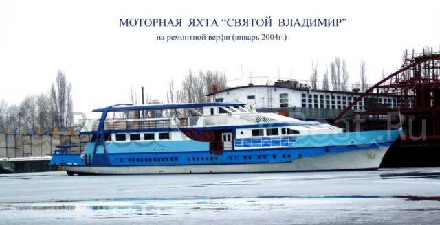 яхта моторная Святой Владимир 1980 года