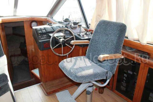 яхта моторная 1989 года