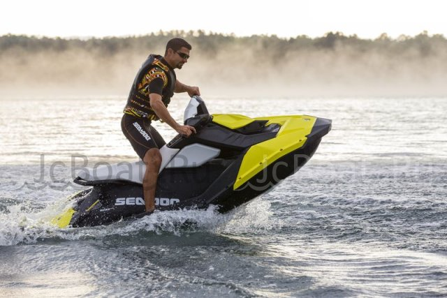 водный мотоцикл SEA-DOO SPARK 3-UP 900 HO ACE 2015 года