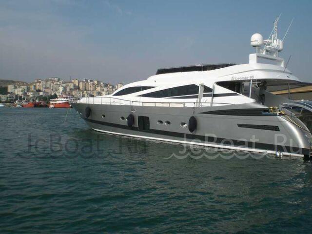 яхта моторная LEOMAR 95 2009 года