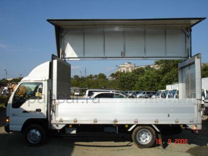 Фургон Nissan ATLAS 2002 года во Владивостоке