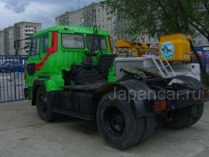 Тягач Hino 1 1991 года в Хабаровске