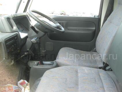 Фургон Nissan ATLAS 2006 года в Уссурийске