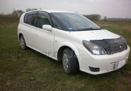 Toyota Opa 2002 года в Иркутске