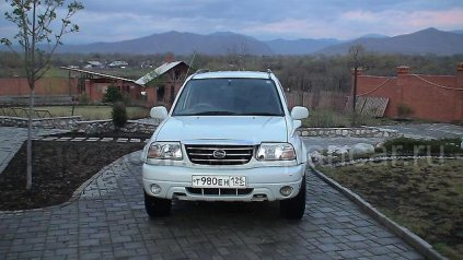 Suzuki Grand Escudo 2001 года в Партизанск