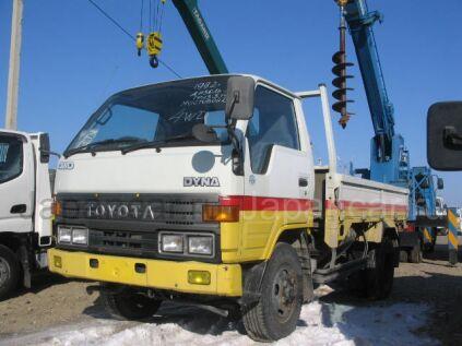 Toyota Dyna 2003 года в Уссурийске