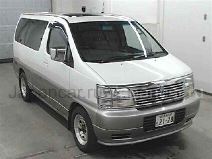 Nissan Elgrand 1999 года во Владивостоке