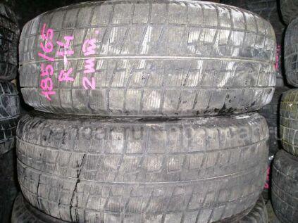 Зимние шины Bridgestone Blizzak rev02 185/65 14 дюймов б/у во Владивостоке
