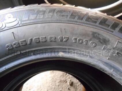 Зимние шины Michelin Latitude x-ice 225/65 17 дюймов б/у во Владивостоке