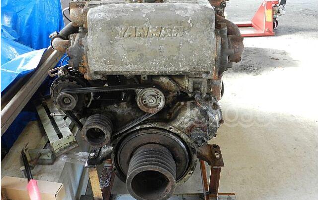 мотор стационарный YANMAR 6CHK-HT 2001 года