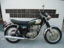 классик YAMAHA SR400 купить по цене 170000 р. в Японии