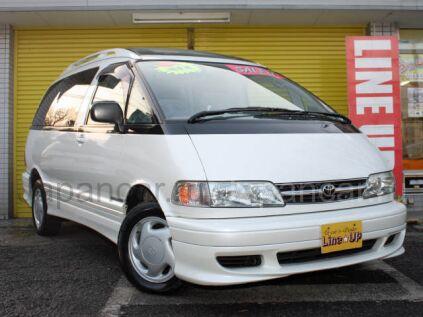 Toyota Estima 1999 года в Японии