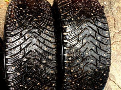 Зимние шины Nokian Hakkapeliitta 215/55 17 дюймов б/у во Владивостоке