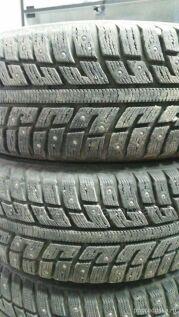 Зимние шины Kumho 215/50 17 дюймов новые в Томске