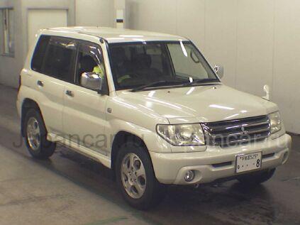 Mitsubishi Pajero IO 2004 года во Владивостоке