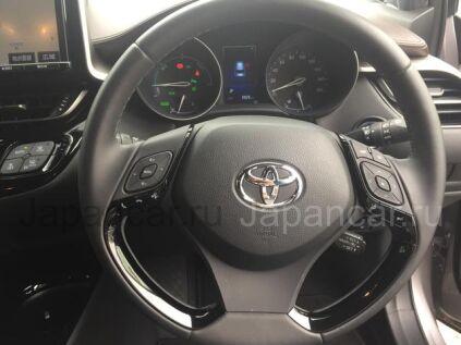 Toyota C-HR 2015 года во Владивостоке