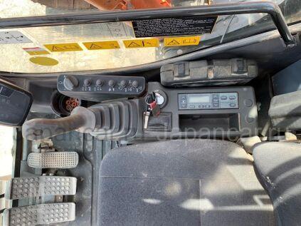 Экскаватор HITACHI ZX225 2006 года во Владивостоке