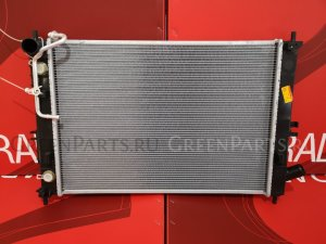 Радиатор двигателя на Kia Cerato YD