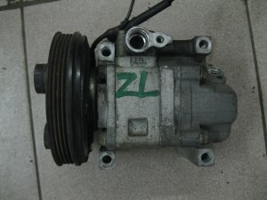 Компрессор кондиционера на Mazda Familia ZL