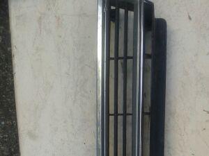 Решетка радиатора на Toyota Camry SV21, SV22, SV20, SV25, CV20 53111-32090