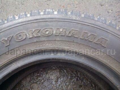 Зимние шины Yokohama 225/70 16 дюймов б/у в Бийске