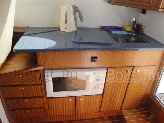 яхта моторная GALEON 280 FLY 2003 года