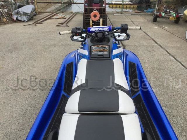 водный мотоцикл YAMAHA WAVE Runner GP 1800 2017 года