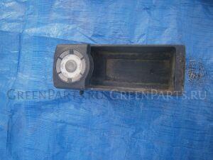 Автомагнитофон на Toyota Bb QNC20, QNC21, QNC25