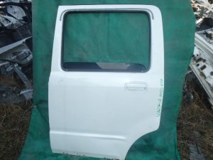 Дверь на Suzuki Wagon R MH21S