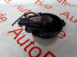 Мотор печки на Toyota Aqua NHP10