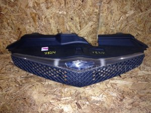 Решетка радиатора на Toyota Ractis NCP100 1NZFE 53101-52190