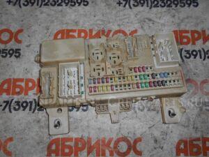 Блок предохранителей на Mazda Axela BK5P ZY-VE 7884